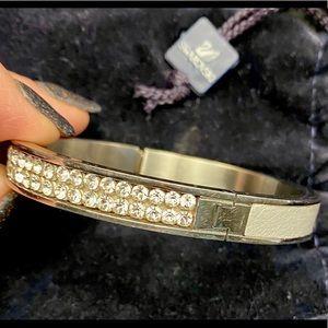 Swarovski Bangle Bracelet STUNNING SILVER
